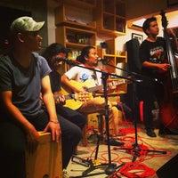 Photo taken at Coffeewar by Iman F. on 12/23/2012