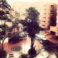 Foto tomada en Hotel Rosales Plaza por Diana S. el 11/14/2012