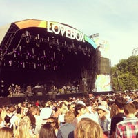 Photo taken at Lovebox Festival by Cecilio S. on 8/15/2014