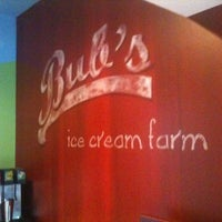 Photo prise au Bub's Burgers & Ice Cream par Travis le8/30/2013