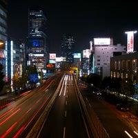 Photo taken at 希望の橋 (ブリッジ渋谷21) セルリアンタワー前歩道橋 by Hikaru M. on 12/15/2015