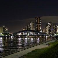 Photo taken at 隅田川テラス 日本IBM本社事業所前 by Hikaru M. on 10/27/2016