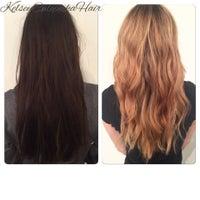 Das Foto wurde bei Adore Hair Studio von Fiona S. am 3/3/2015 aufgenommen