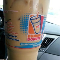 Photo taken at Dunkin' Donuts by MrHennessyXo on 4/29/2014