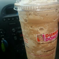 Photo taken at Dunkin' Donuts by MrHennessyXo on 3/22/2016