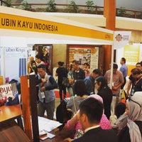 Photo taken at Indobuildtech 2013 JCC by Ubinkayu S. on 6/7/2015
