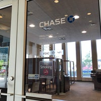 Photo taken at Chase Bank by Benjamin E. on 5/15/2017