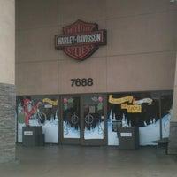 Photo prise au Riverside Harley-Davidson par jorDe' le12/23/2012
