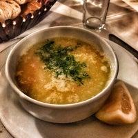 Das Foto wurde bei Alibaba Restaurant Büyükada von Aysan A. am 2/15/2018 aufgenommen