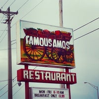 Photo taken at Famous Amos by Andrew W. on 6/15/2014