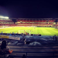 Photo taken at Estadio Rommel Fernández by Francisco B. on 11/14/2012