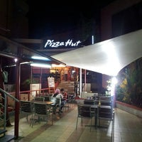 Photo taken at Pizza Hut by Ahmad Kamal E. on 2/6/2014