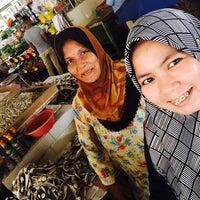 Photo taken at Pasar Marang by Nursamsiyah R. on 12/11/2016