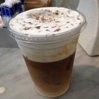 Снимок сделан в Caffe Lavazza пользователем Amy S. 6/23/2013