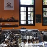 Foto diambil di Café Colombiano oleh Victor Kazuo T. pada 5/26/2018