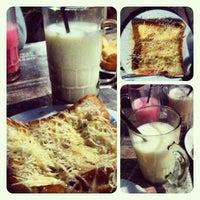 Photo taken at CHOICE CAFE Gasibu by tin h. on 10/19/2012
