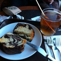 Photo taken at Starbucks by Pelin Y. on 11/9/2012
