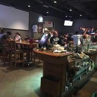 Photo taken at Boston Pizza by DoYoon K. on 6/30/2016
