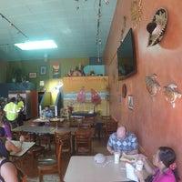 Photo taken at El Beach Burrito #BeachBurritoSF by El Beach Burrito #BeachBurritoSF on 3/5/2015