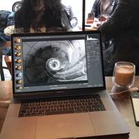 Foto scattata a 97 Coffee & Brew Bar da Erhan M. il 1/15/2017