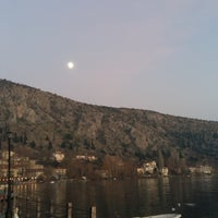 Photo taken at Παλιά Πόλη by Vanio C. on 12/16/2016