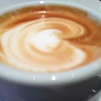 Photo taken at Aroma Espresso Bar by 高手놀리밑™ on 3/15/2013