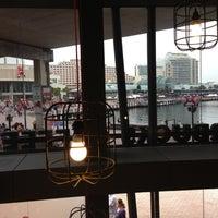 Photo taken at Starbucks by 高手놀리밑™ on 12/15/2012