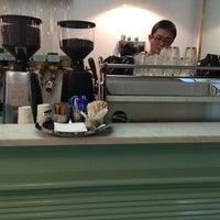 รูปภาพถ่ายที่ Gumption by Coffee Alchemy โดย 高手놀리밑™ เมื่อ 5/25/2014