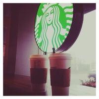 Photo taken at Starbucks by Gökçe on 12/24/2014
