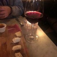 4/29/2018にJon M.がVanguard Wine Barで撮った写真