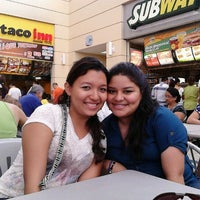 Photo taken at Food Court 11a Etapa by Mario M. on 1/27/2013