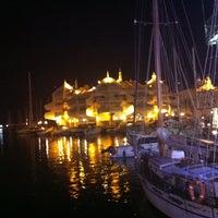 Foto tomada en Puerto Deportivo de Benalmádena - Puerto Marina por Fran M. el 7/11/2013