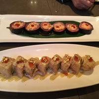 Photo taken at Oishii Too Sushi Bar by Alex M. on 3/10/2017