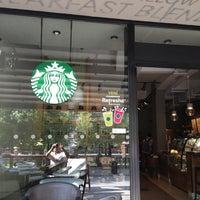 8/31/2013 tarihinde Mehmet E.ziyaretçi tarafından Starbucks'de çekilen fotoğraf