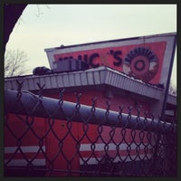 Photo taken at Klucks Drive-In by Teaspout on 5/7/2014
