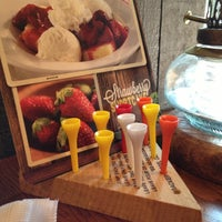 Photo taken at Cracker Barrel Old Country Store by Tim B. on 7/7/2013