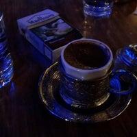 8/13/2013 tarihinde Ozan Ç.ziyaretçi tarafından Cafehane'de çekilen fotoğraf