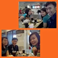 Photo taken at Jollibee by Alex John d. on 3/21/2015