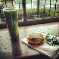 Photo taken at Starbucks by Kaito O. on 10/7/2012