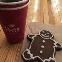 12/10/2017 tarihinde kadriyeziyaretçi tarafından Peet's Coffee & Tea'de çekilen fotoğraf