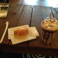 Снимок сделан в The Coffee Loft пользователем Chris S. 12/8/2012