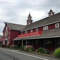 Photo taken at Yankee Candle Flagship Store by Neil R. on 6/16/2013