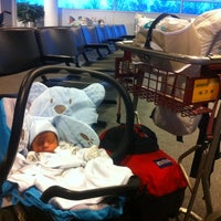 Photo taken at Turkish Airlines CIP Lounge by Esen O. on 11/10/2012