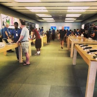 Photo taken at Apple Biltmore by lafinguy on 4/2/2013