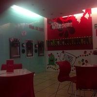 Photo taken at Cherry Frozen Yogurt by Esteban H. on 10/5/2012