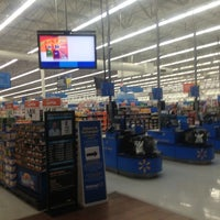Photo taken at Walmart Supercenter by Ransel C. on 10/11/2012
