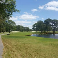 Photo taken at Nicklaus Course at Bay Point by Rommie W. on 4/17/2016