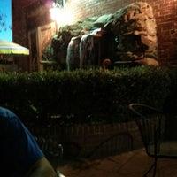 Foto tomada en El Noa Noa Mexican Restaurant por Josh C. el 6/26/2013