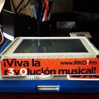 Foto tomada en RKOpuntoFM por Omarito R. el 12/4/2013