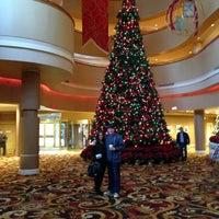 Снимок сделан в Turning Stone Resort Casino пользователем Nick Cope @ WET Republic M. 12/5/2012